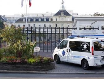 Francia da tratamiento a paciente infectada de ébola